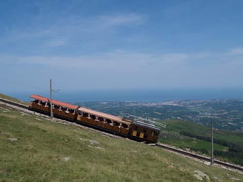 ラ リューヌ山の山岳鉄道