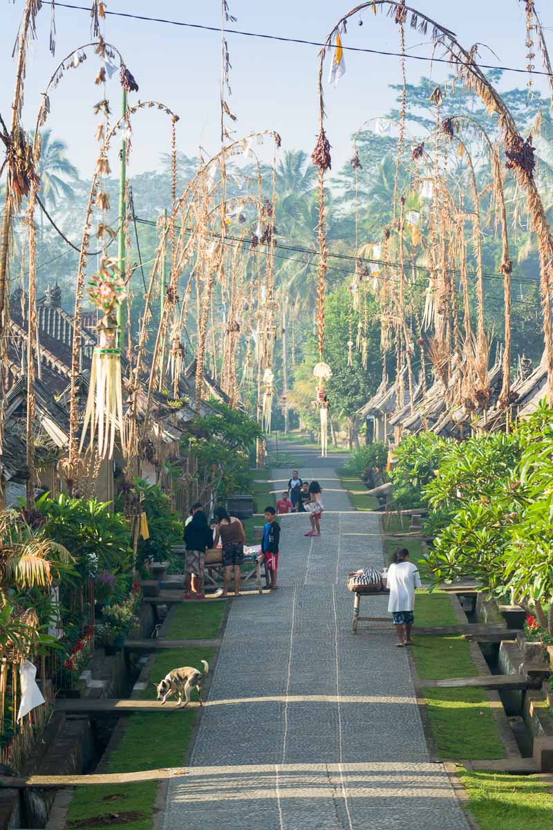 朝のプンリプラン村
